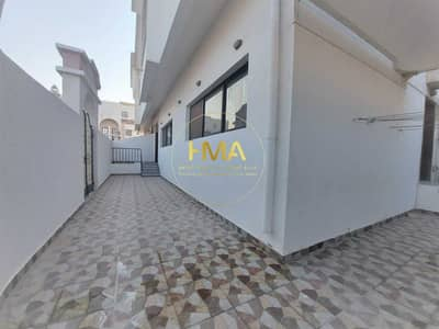 3 Bedroom Villa for Rent in Al Karamah, Abu Dhabi - 3 bedroom villa in Karama, clean finishing- ceramic floor -central A/C