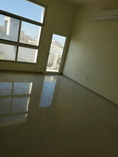 2 Bedroom Townhouse for Rent in Al Shamkha, Abu Dhabi - Huge 2 Bedrooms With Hall in Al Shamkha South