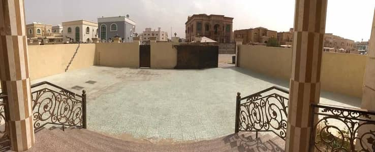 Villa for rent with a stone front, a large area, and a very excellent location on Sheikh Ammar Street, close to all services