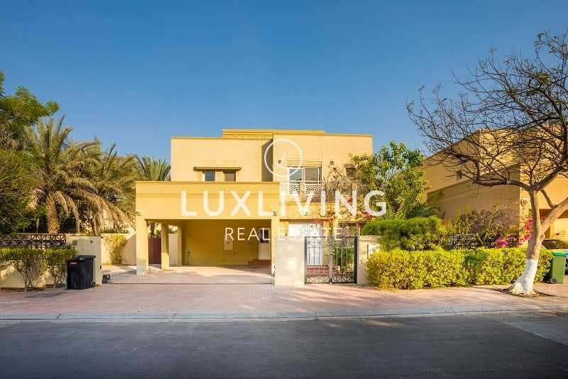 Well Maintained   Great Location   Sky View  