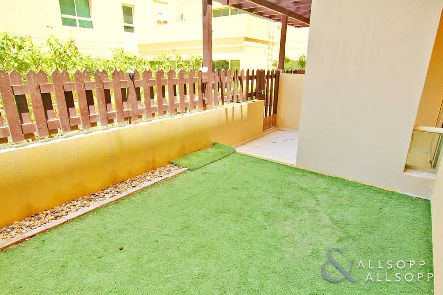 Courtyard | Chiller Free | One Bedroom
