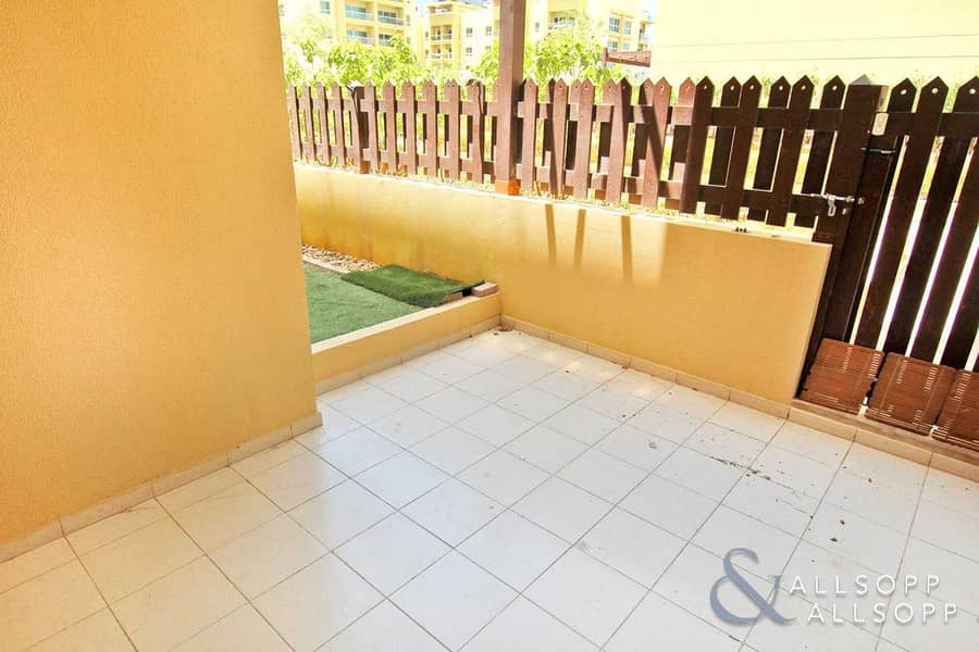 10 Courtyard | Chiller Free | One Bedroom