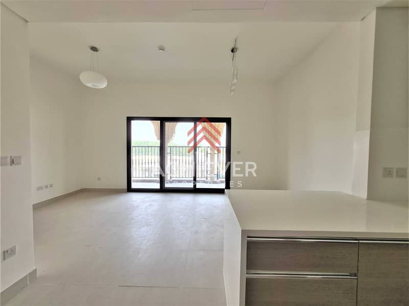 2 1BR   Golf Community   Upto 12 Cheques   Vacant
