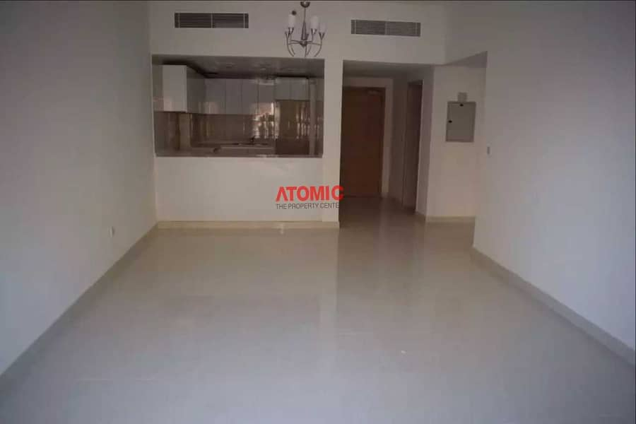 2 Amazing 1BHK | Pool View | Chiller Free