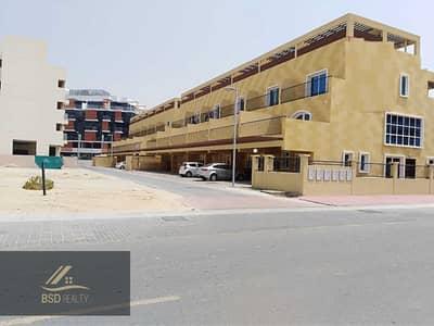 4 Bedroom Villa for Rent in Jumeirah Village Circle (JVC), Dubai - MAGNIFICIENT FOUR-BEDROOM VILLA IN JUMEIRAH VILLAGE CIRCLE
