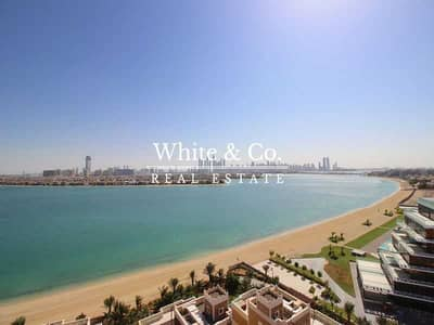 2 Bedroom Apartment for Sale in Palm Jumeirah, Dubai - Full Sea View | Vacant On Transfer | Huge Layout