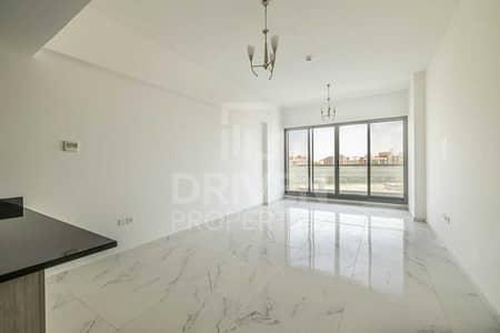 فلیٹ 2 غرفة نوم للبيع في الفرجان، دبي - Awe-inspiring and Modern Apt | Maids Room