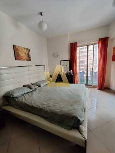 Vacant I Large One Bedroom I Lake View Unit