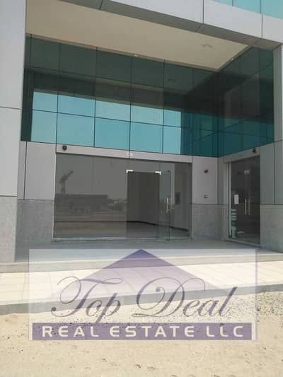 Shop for Rent in Mussafah, Abu Dhabi - Shop for Rent in Mussafah with Many Parking