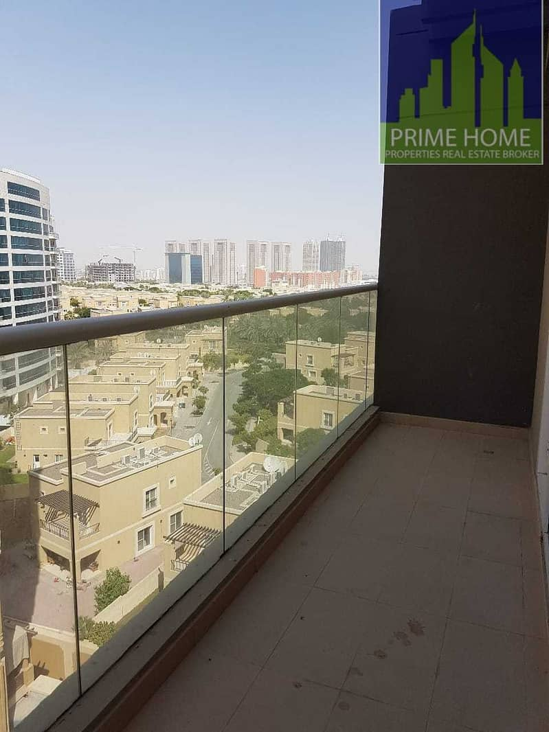 AMN- SPACIOUS 1 BEDROOM APARTMENT WITH BALCONY FOR RENT
