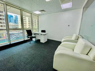 مکتب  للايجار في شارع حمدان، أبوظبي - Maxhome the Effective Solution to Pursue Business Operation in Abu Dhabi