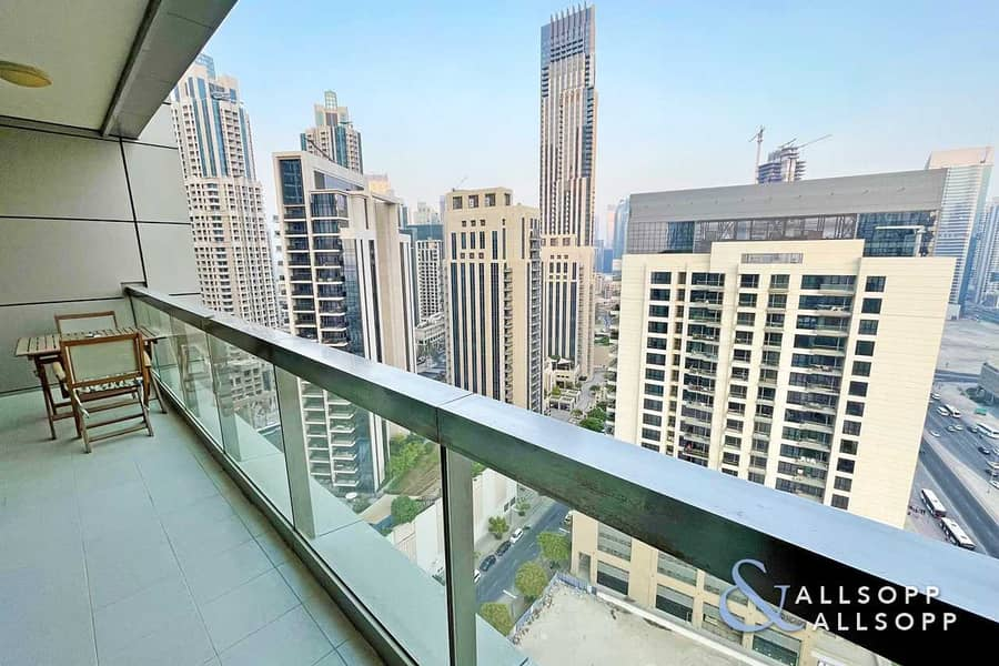 1 Bed | High Floor | Balcony | Canal View