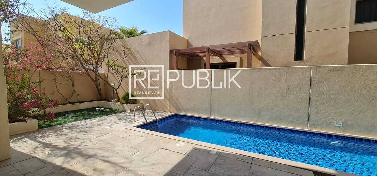 2 Fabulous 4 Beds Villa with Private Pool and Garden