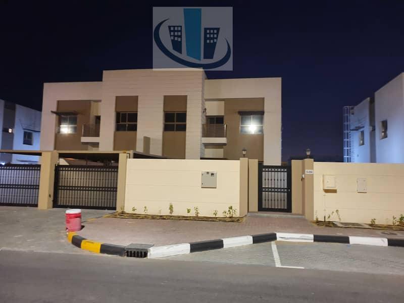 Brand New 10,000 sqft luxury 5 bedrooms villa for rent in Sharjah garden city
