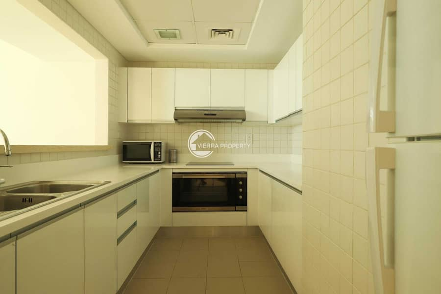 2 2BHK SEA VIEW FOR RENT AND SALE ON HIGHER FLOOR