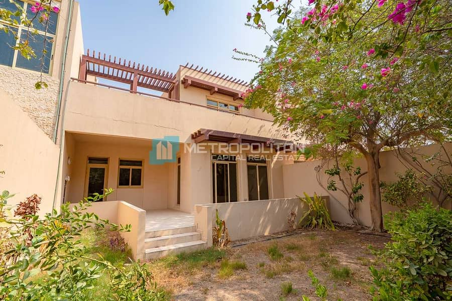 Best Family Home| Vacant| Terrace | Private Garden