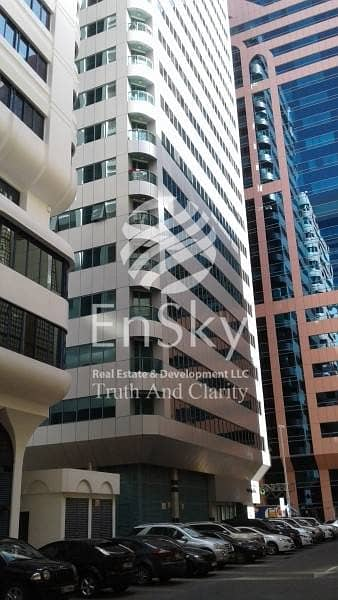 2 Bedroom Apartment for Rent in Liwa Street, Abu Dhabi - Partial Corniche View