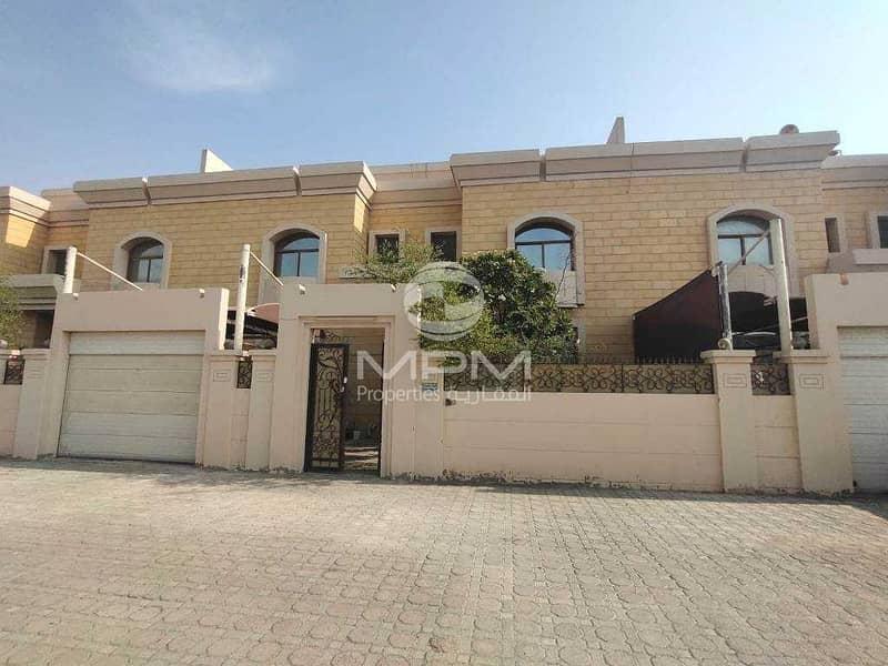 Compound Villa | Parking | Balcony & Terrace