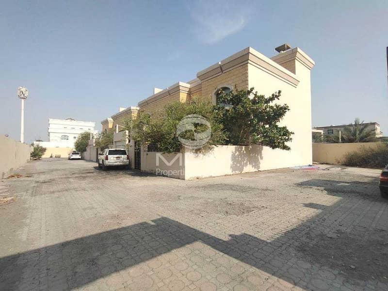 2 Compound Villa | Parking | Balcony & Terrace