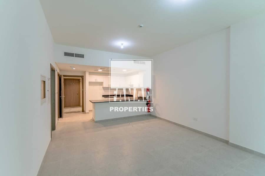 Big Layout Vacant Apartment Up to 3 Payments
