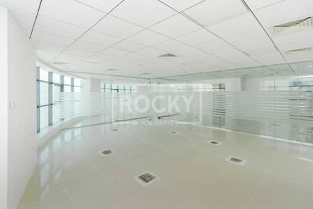 مکتب  للايجار في برشا هايتس (تيكوم)، دبي - Fitted|2 Glass Partition|Close to Metro