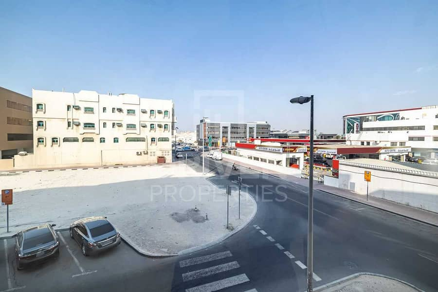 12 Well-managed Office for Rent | Port Saeed