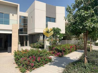3 Bedroom Villa for Sale in Muwaileh, Sharjah - Luxurious Villa | Ready Community | up to 3 years payment plan