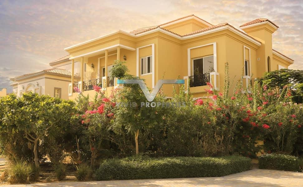 Exclusive Customized 5 Bedroom Huge Villa