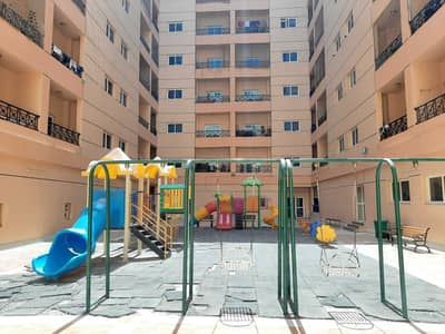 1 Bedroom Apartment for Rent in Muwaileh, Sharjah - Muwaileh School Area  | kids Playing Area | Huge Size 1BR Hall Available for Rent