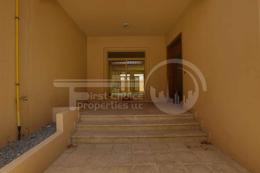 2 Negotiable | Luxurious Townhouse | Call us