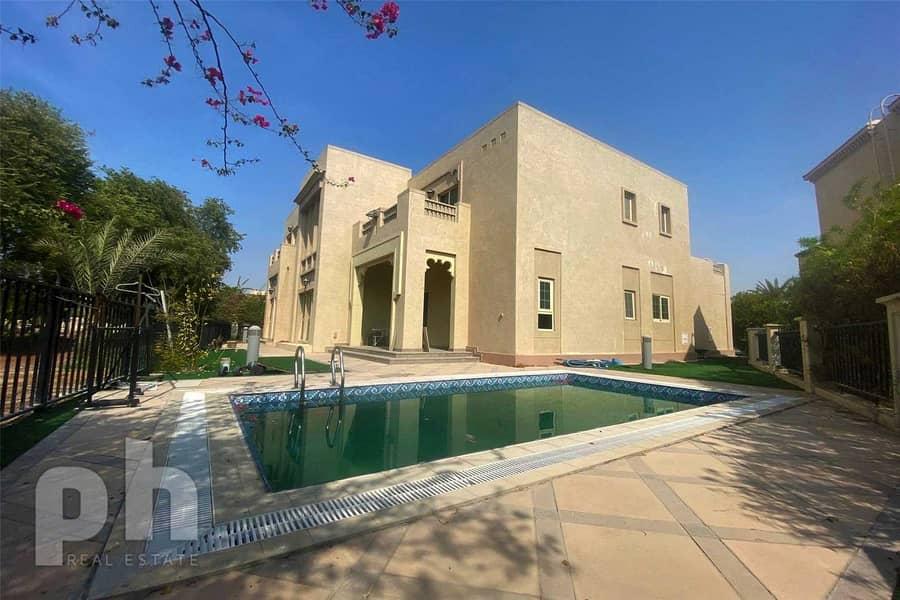 Huge Villa | Unfurnished | Vacant | 4BR.