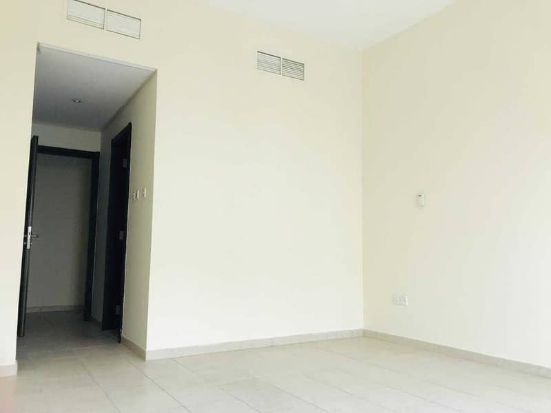 14 HOT DEAL LARGE  UNFURNISHED  1 BHK  U TYPE APARTMENT WITH BALCONY IN DISCOVERY GARDEN ONLY 32K