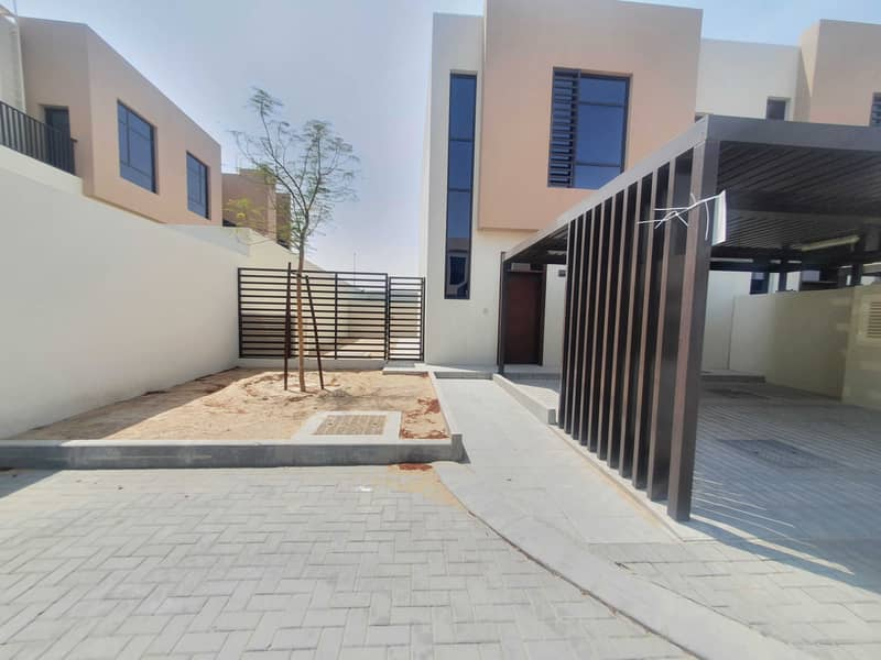 Brand new 3bed rooms villa in nasmah area with maid Room and balcony with wardrobes
