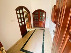 BEST OFFER! SPACIOUS VILLA IN AL BATEEN - 7 BEDROOM WITH MAID ROOM   WELL MAINTAINED   PRIMER LOCATION