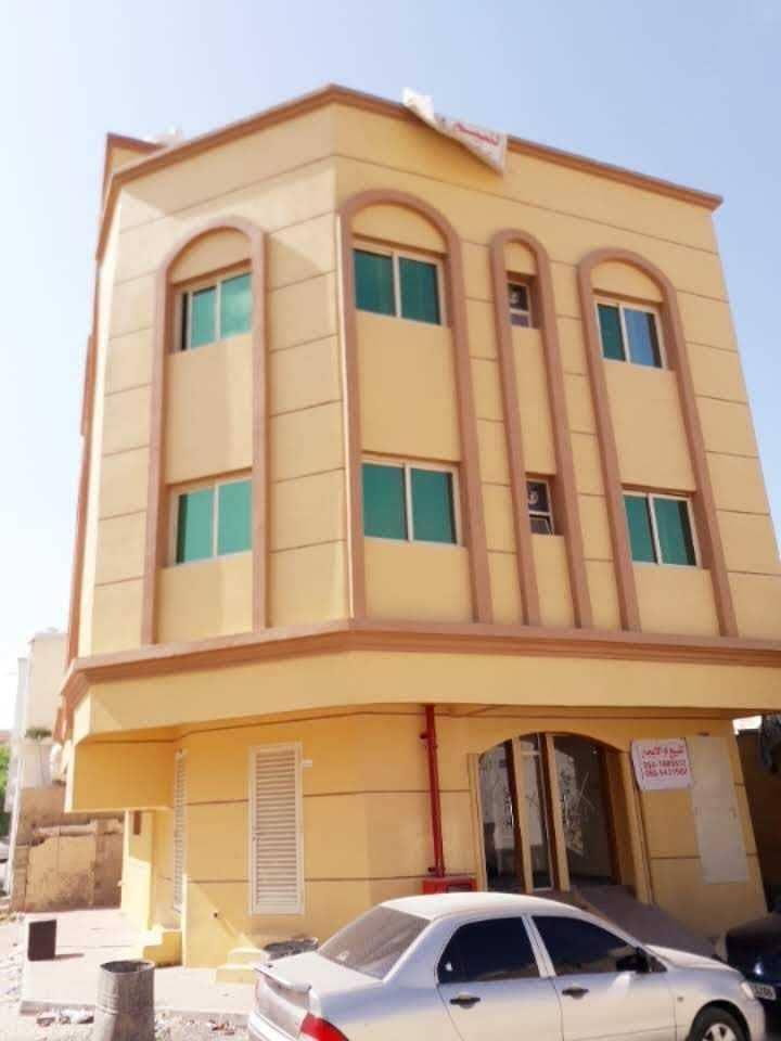 Modern building for sale in Rashidiya at a price of 1400000