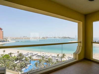 1 Bedroom Apartment for Rent in Palm Jumeirah, Dubai - Unfurnished | Full Sea View | Mid Floor