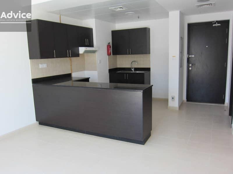 2 2 Bedroom I Massive Terrace I Open Kitchen- Vacant