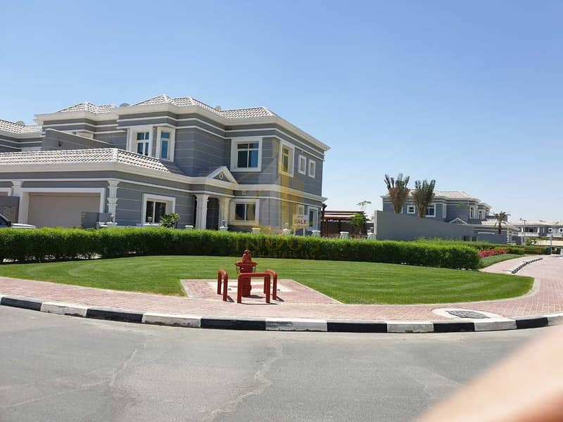 2 Huge Corner Plot New World Type 3 BR Villa