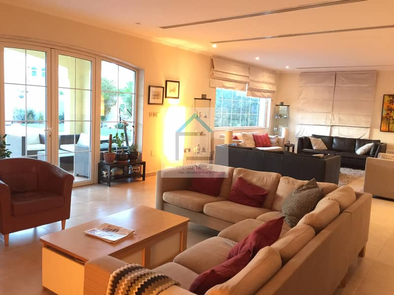 Amazing 4BR+Maid Legacy Large with Pool