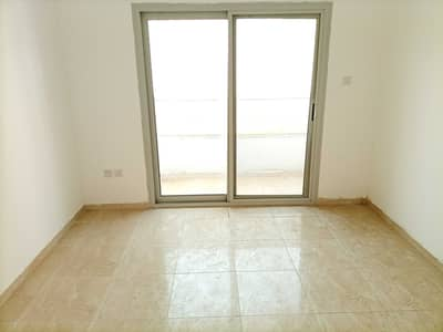 1 Bedroom Apartment for Rent in Al Nahda, Sharjah - READY TO MOVE ONLY 1 CHEQUE PAYMENT OF 1 BEDROOM FLAT MASTER ROOM AND HALL WITH BALCONY CENTRAL AC CENTRAL GAS JUST IN 21K