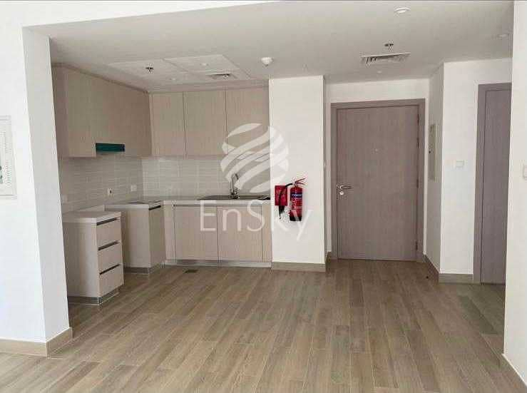 2 Extended Terrace | Brand New Unit| Great Location