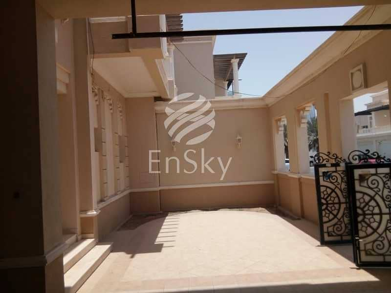 2 Commercial Villa for Office Use with a Sea View !