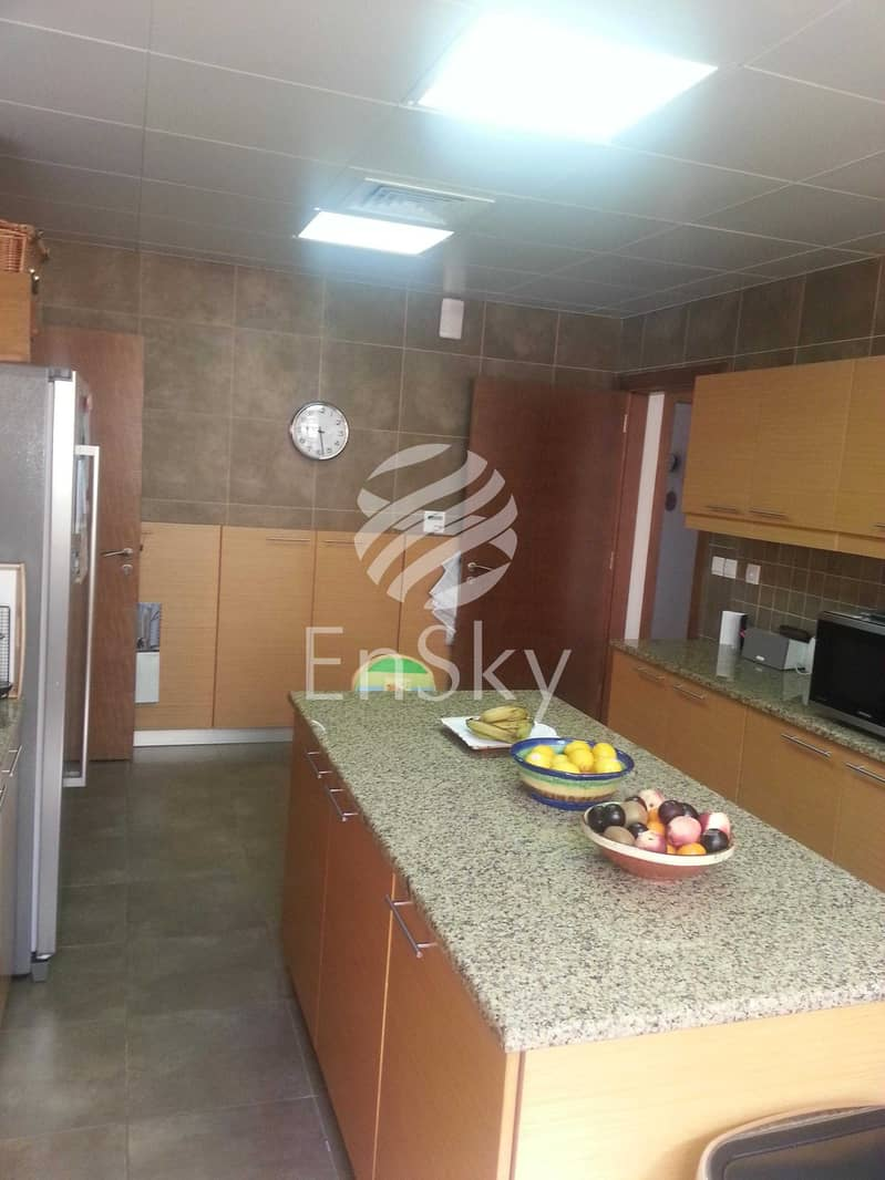 13 Family Home   Exclusive Location   Great Ambiance