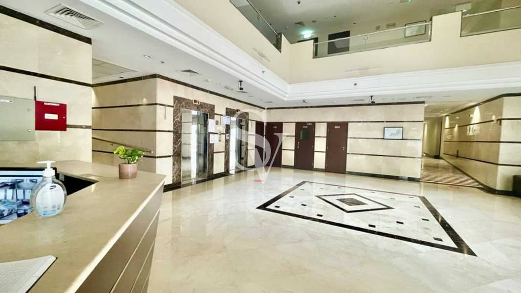 10 Fully Furnished   Well Maintained   Ground Floor