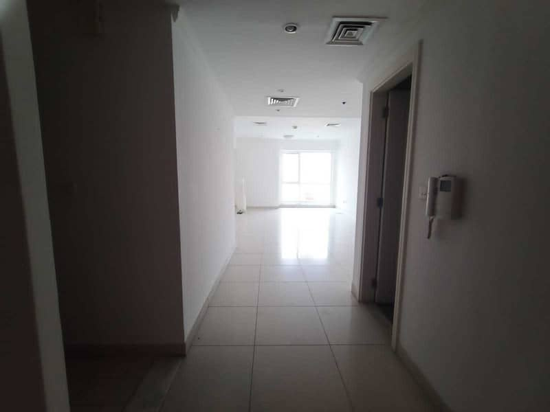 1 Bed Room in JLT with HUGE LAYOUT - MARINA VIEW - SPACIOUS  BALCONY