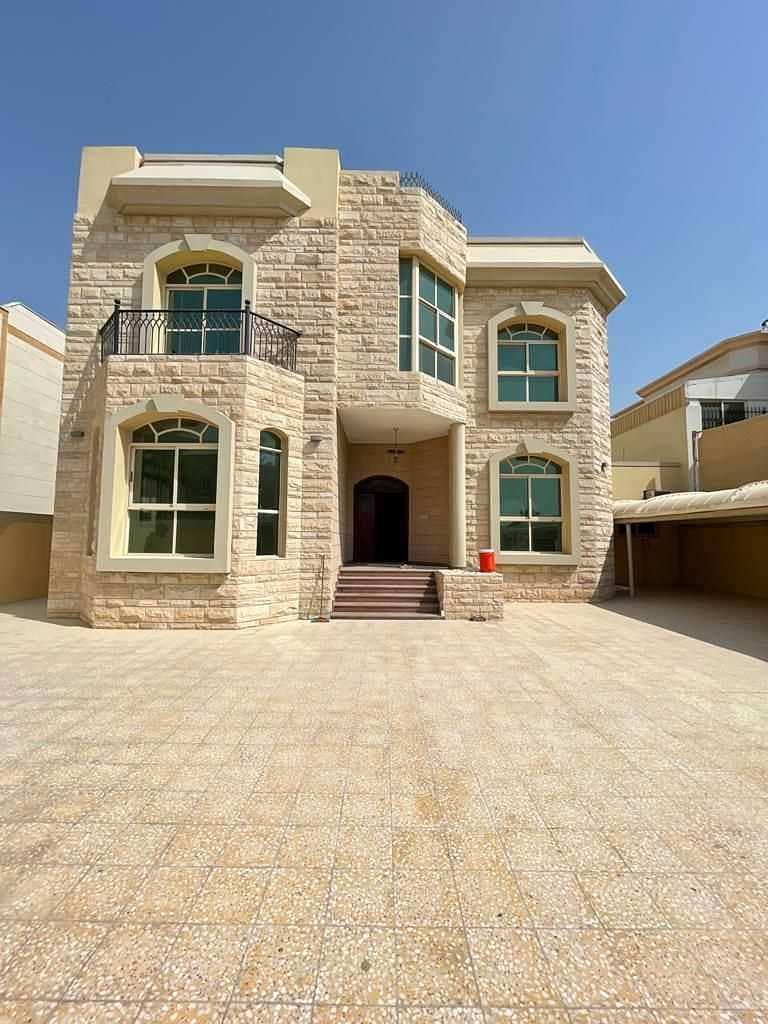 Villa for rent in Al-Yash near Mohammed bin Zayed Street, very clean