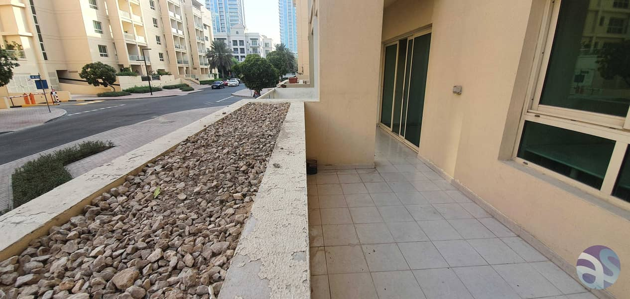 Large Terrace   Large Apartment   Private Garden   Vacant