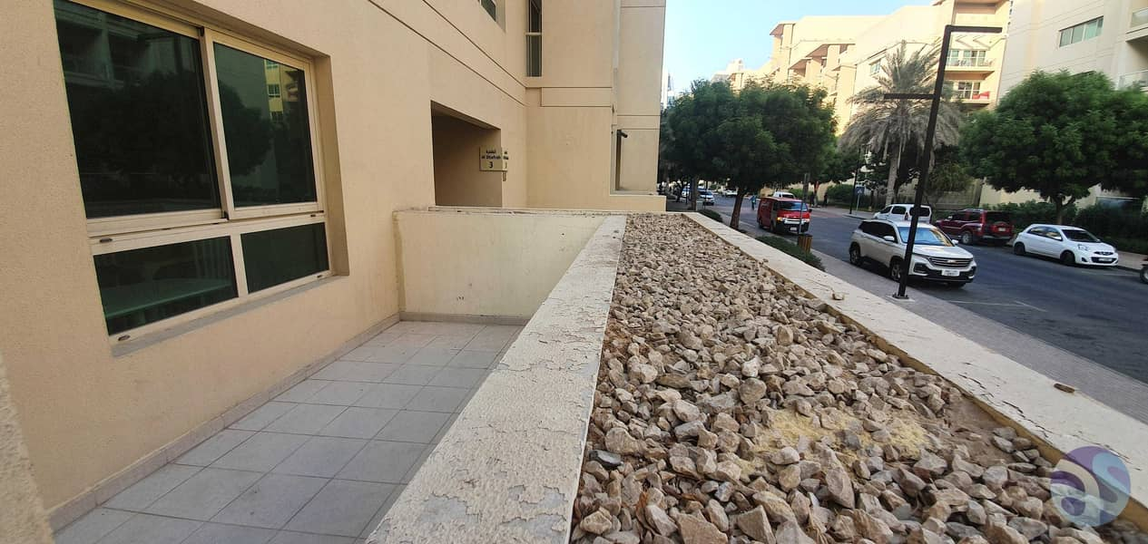 2 Large Terrace   Large Apartment   Private Garden   Vacant