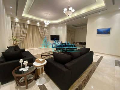5 Bedroom Villa for Rent in Umm Suqeim, Dubai - Furnished 5 Bedroom Private Pool Near The Beach