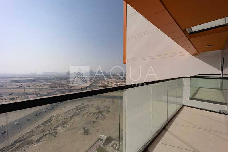 10 Exclusive | Brand New Unit | Unfurnished